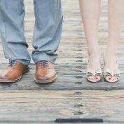 נעליים רגליים זוגיות